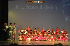 Scuola-performance-21-06-2014-1
